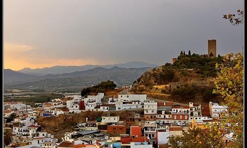 Vélez-Málaga – a tour.   Vélez-Málaga – una vuelta por la ciudad.