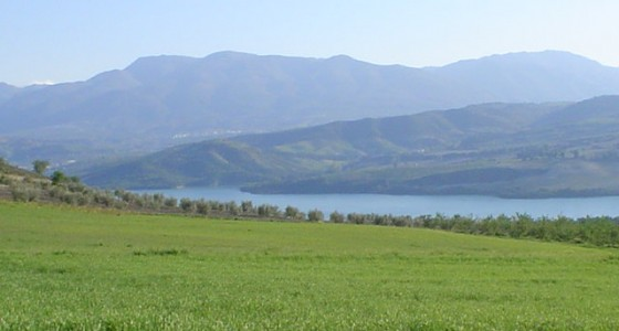 <!--:en-->Day trip to Lake Bermejales returning via Almuñecar<!--:-->